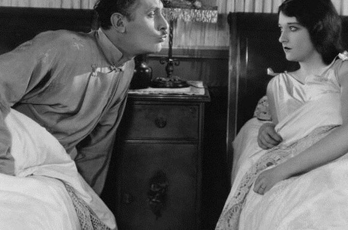 Подружжя та сон нарізно: думка психолога