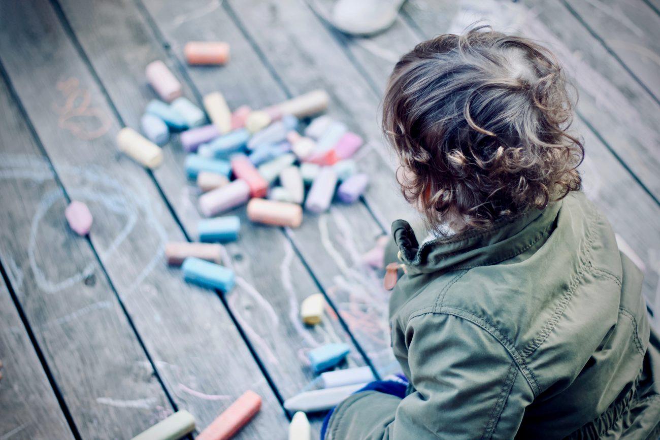 Анна Малая арт арт-терапия дети детская психология рисунок советы родителям страх, Нарисуй Бабайку, psychologies.today 2