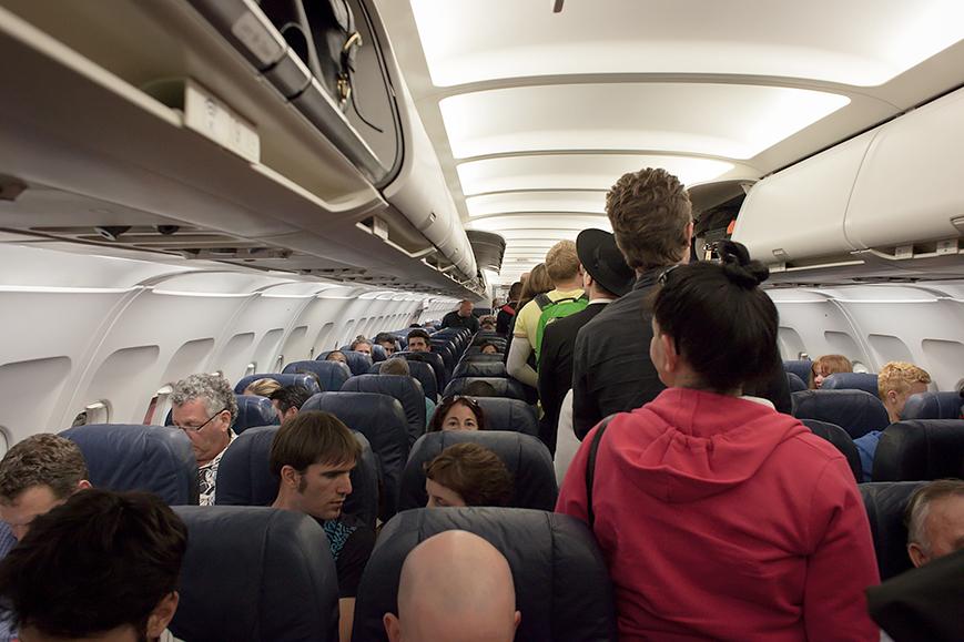 интересно Маргарита Шавловская ожидание путешествия самолет социальня психология, Почему люди в самолете не любят ждать?, psychologies.today