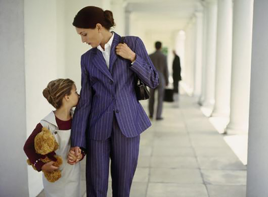 дети детская психология Ирина Зацепина конфликт с ребенком советы родителям, 3 «несерьезных» способа избежать конфликта с ребенком за минуту, psychologies.today 1