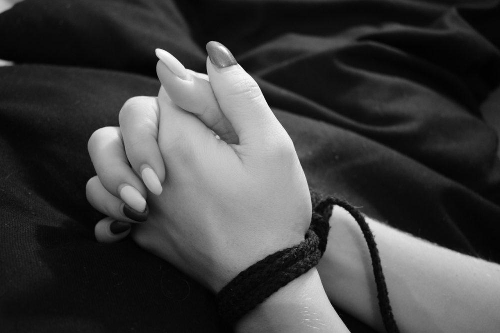 , «Я люблю тебя до слез!» или Виват, маркиз Де Сад!, Новости Психология отношений Семейная психология Статьи, psychologies.today